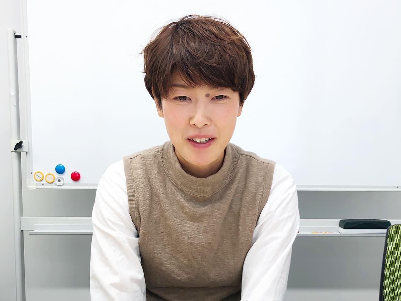 小野さん インタビューカット